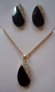Chic Rhinestone Faux Crystal Leaf Shape Necklace Earrings Set in Season Colors