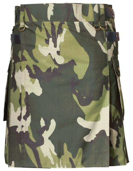 Mens Green Army Camo Cotton Kilt 52 Waist Size Fashion Kilt with Leather Straps Cargo Pockets