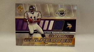 Daunte Culpepper  2001 Private Stock Game Worn Gear/PATCH #90
