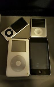 APPLE IPODS lot of 4 FOR PARTS/REPAIR A1236, A1320, A1288 ipod touch and mp103