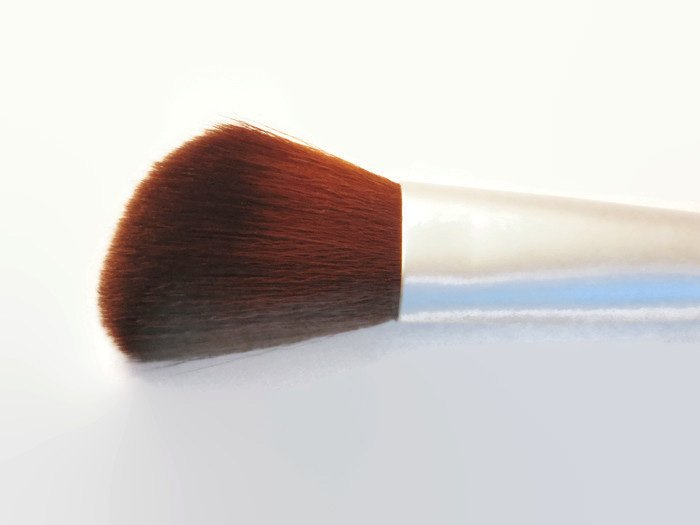 Blush or Bronzer Makeup Brush Powder Vegan eco Friendly Bamboo Handle