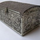 Vintage Stunning Decorative Tin Box