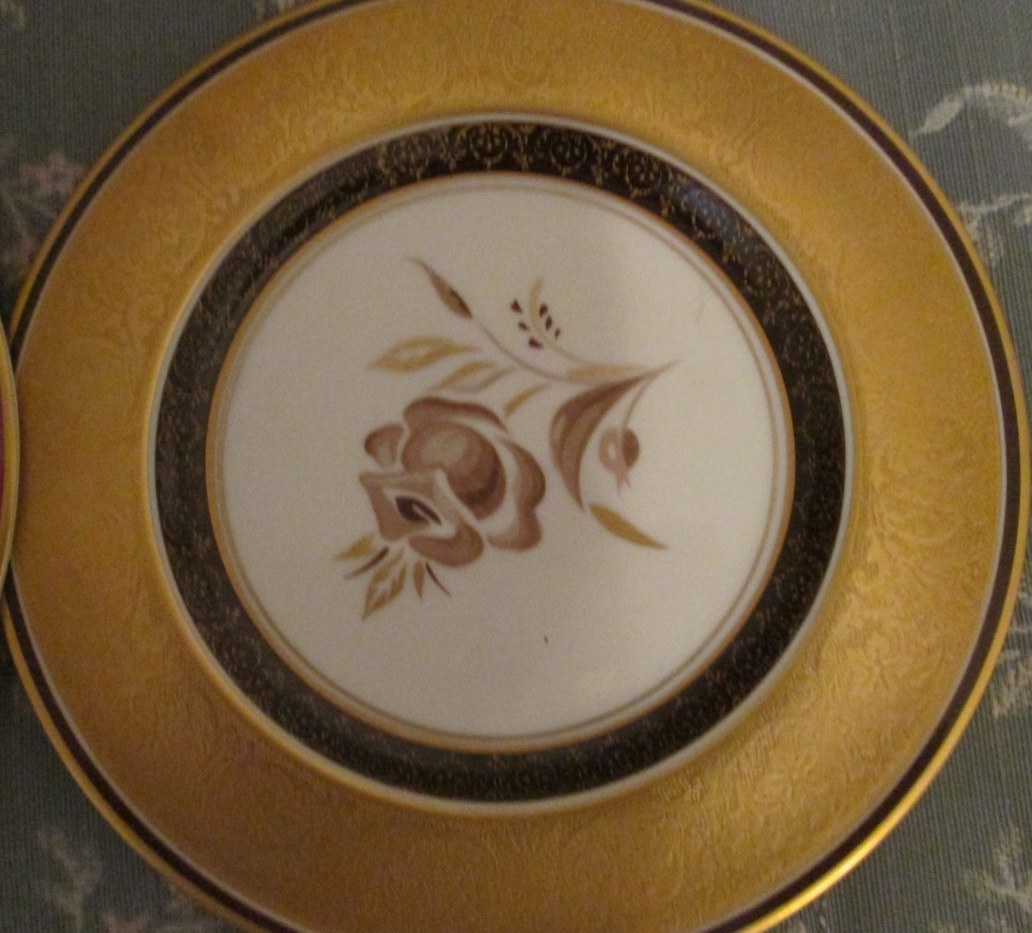 COLLECTIBLE PICKARD STUDIO CHINA GOLD HAND PAINTED DECORATED SIGNED VENETIA
