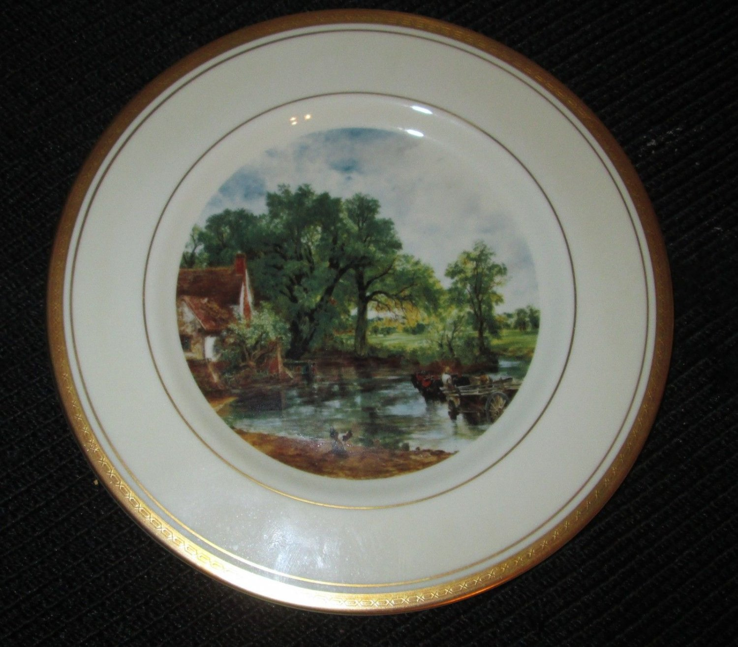 COLLECTIBLE PICKARD STUDIO CHINA  GOLD HAND PAINTED DECORATED PLATE SENIC