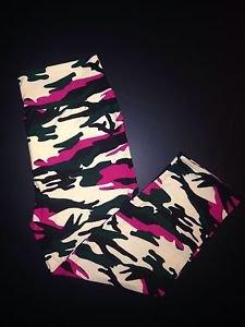 367aa4e361291 Buttery Soft & Stretchy CAPRI Leggings Tall & Curvy L-XL YOGA Pink CAMO NWT  TC