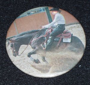 Bay reining horse, sliding stop photo, badge, pin H 0009
