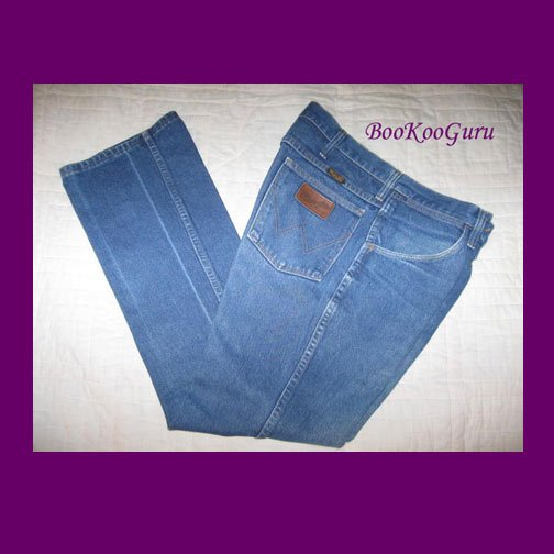 Vintage Wrangler Jeans, Blue denim, Size 33x30, Style 935NAY W415