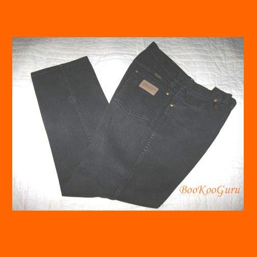 Vintage Wrangler Jeans, Black denim, Size 33x30, Style 934WBWK W401