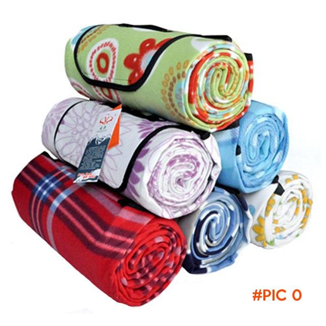 2016 New 150cm*200cm Outdoor Picnic Mat Beach Camping Baby Climb Plaid Blanket Waterproof