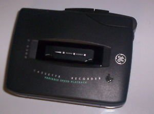 GE Cassette Voice Recorder 3 5362 with batteries