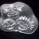Wilton cake pan Rug Rats child's party room decoration jello mold candy Birthday