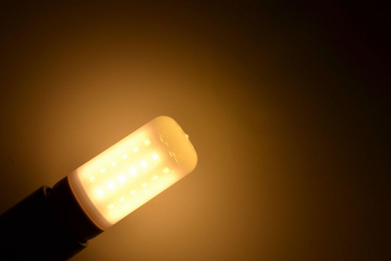 US 5W - 15W E12/E14/E27/B22/G9 LED Corn Light 5730 SMD Lamp Bulb 110V/220V White