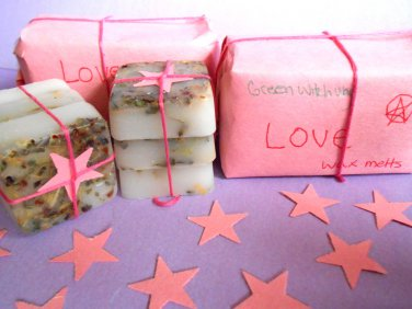 Love spell wax melts, herb wax melts, witchcraft supplies