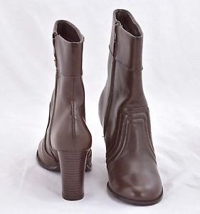 Mudd Worth Boots Heels brown booties Leather boots size 6M