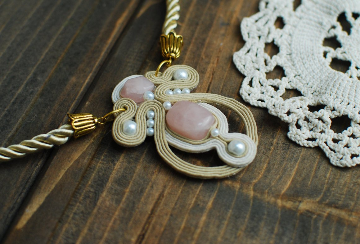 Soutache pendant, Beige and pink pendant with rose quartz, Embroidered pendant, Beaded pendant