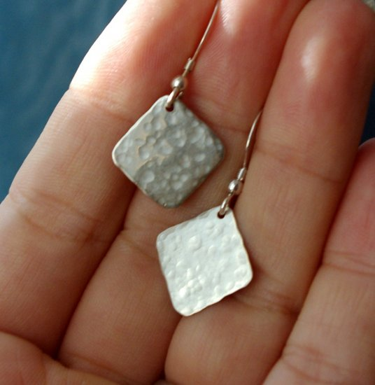 nelio - sterling silver earrings