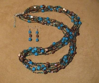 Chocolate/Turquoise Necklace & Earring Fashion Set