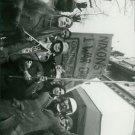Nixon's war protest - 8x10 photo