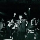 Muhammad Ali screaming and making gesture in front of people - 8x10 photo