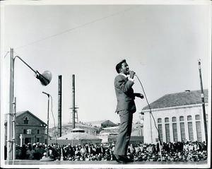 Sammy Davis Jr. singing passionately.  - 8x10 photo