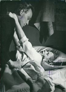 Max von Sydow and Bibi Andersson - 8x10 photo