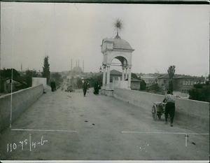 People walking in a bridge during Balkan wars, 1912. - 8x10 photo