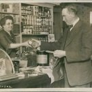 1924John Coolidge buying canned goods from store.  - 8x10 photo