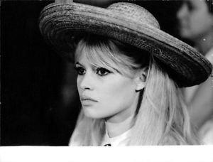 Brigitte Bardot, portrait.  - 8x10 photo