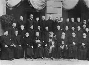 Pope John XXIII sitting with people. - 8x10 photo