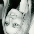 Smiling portrait of Sharon Tate.    - 8x10 photo