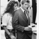 "Julia Roberts standing behind Richard Gere in ""Pretty Woman"". - 8x10 photo"