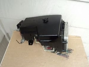 03 Dodge RAM Integrated Power Distribution   Fuse Relay Box & module