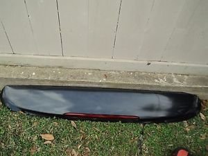 04 CHEVROLET TRAILBLAZER  REAR SPOILER W/2 SEATS  3RD BRAKE LIGHT CHARCOAL GREY