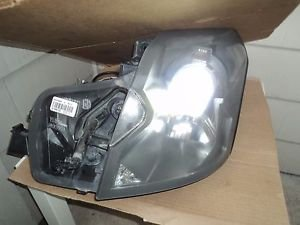 2003 - 2007 CADILLAC CTS DRIVER LH XENON HID HEADLIGHT W/ WASHER OEM