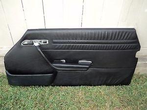 MERCEDES BENZ 560SL 2DR COUPE PASSENGER RIGHT DOOR TRIM PANEL BLACK 86