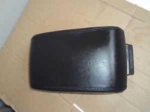 2006- 07 08 09 LINCOLN ZEPHYR; Front Center Console lid , black Armrest Lid