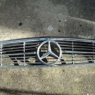 Mercedes Benz W107 380SL 450SL 560SL Front radiator Grill OEM Grille