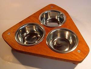 TRI 3 bowl pet feeding station