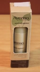 NEW 2.5 OZ AVEENO POSITIVELY AGELESS YOUTH PERFECTING MOISTURIZER SPF 30