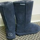 Womans bearpaws Boots size 6 grey Tall Mint Condition