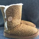 Women's Size 9 Chestnut Animal Print Bailey Button Ugg Boots S/n 5803 Rp$225