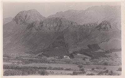 CL92.Vintage Postcard. Simonsberg Mountain. South Africa.