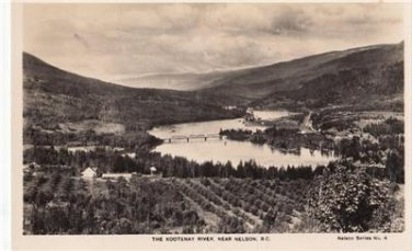 CO08.Vintage Postcard. The Kootenay River, near Nelson, B.C. Canada