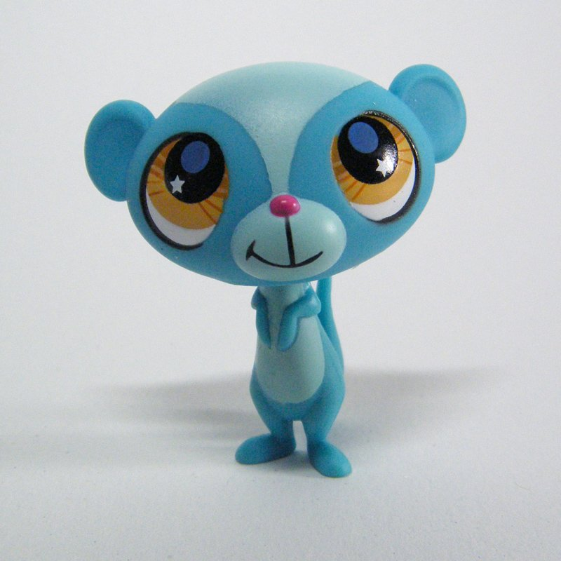 Littlest Pet Shop 2699 Blue Mongoose Sunil Nevla with Star Eyes