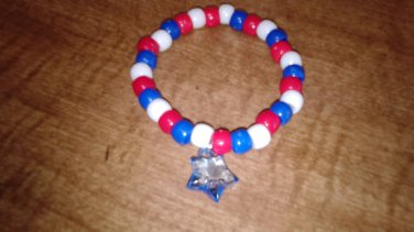 Festive Star Charm Stretch Bracelet