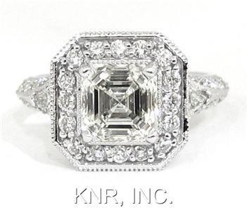 ASSCHER ROUND & TRIANGLE DIAMOND ENGAGEMENT RING 2.31CT