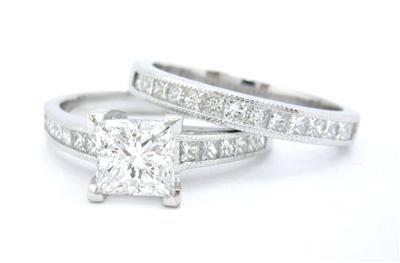 PRINCESS CUT DIAMOND ENGAGEMENT RING & BAND 1.80CT