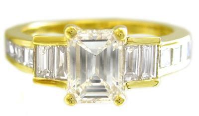 14K YELLOW GOLD EMERALD CUT DIAMOND ENGAGEMENT RING 1.85CT H-VS2 EGL USA CERT