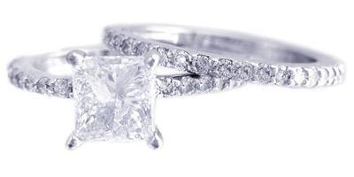 18K WHITE GOLD PRINCESS CUT DIAMOND ENGAGEMENT RING AND BAND PRONG SET 2.20CTW