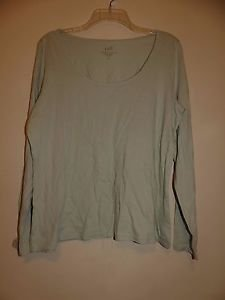 J. Jill featherweight scoopneck tee sage green color long-sleeve sz PL NWT